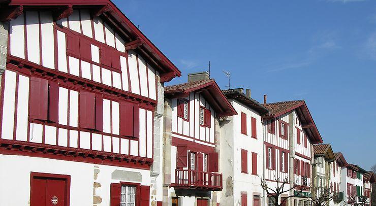 Ainhoa et les villages basques (Pyrénées-Atlantiques)