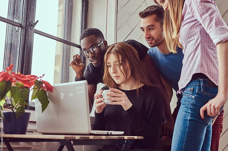 Enquête - 79% des Français préparent leurs séjours en ligne