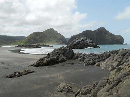 Le sable noir de Nouvelle-Zélande