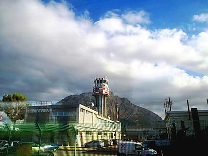 L'aéroport de Palerme
