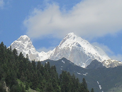 Mont Ushba 4700m