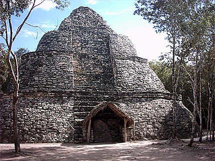 La pyramide du centre