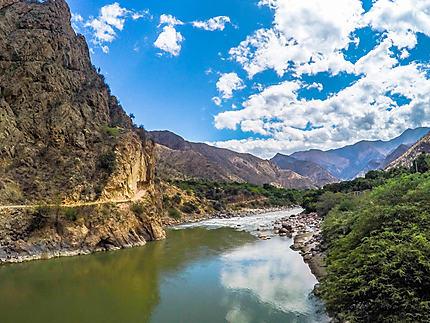 Fleuve des Andes