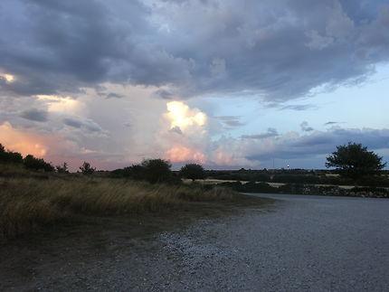 À la lueur du phare, île de Gotland, Suède