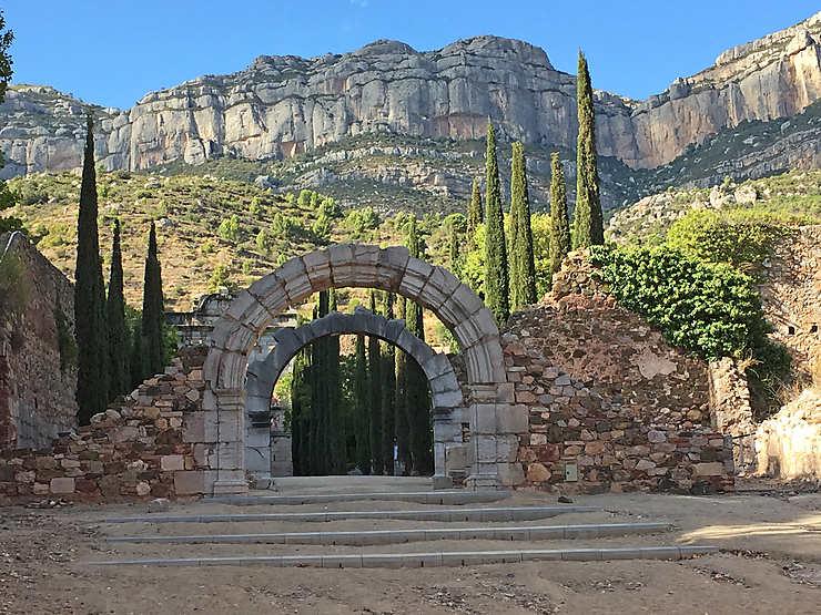 Monastères et ermitages