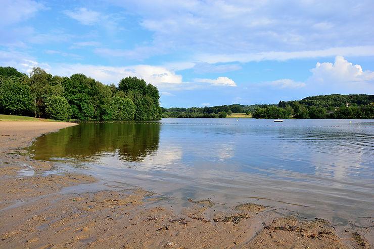Les lacs du pays de Brive : tous à l'eau !