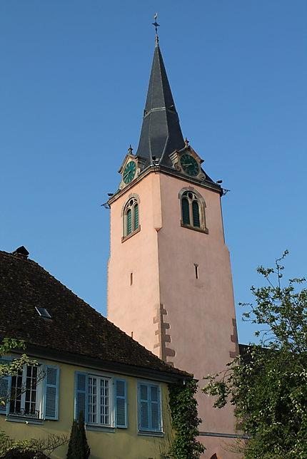 Le clocher de l'église Saint-Grégoire