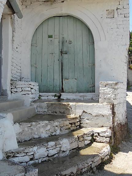 Porte à Gjirokastër