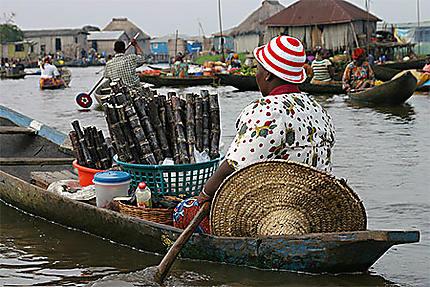 Au marché flottant