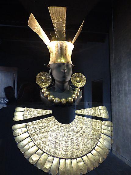 Parure au Musée Larco
