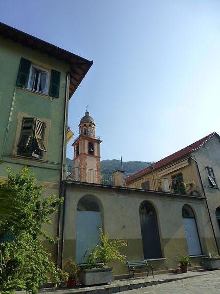 Dans les rues de la ville à Camogli