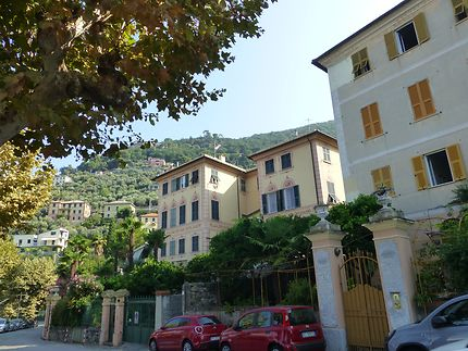 Villas avec trompe l'oeil à Camogli