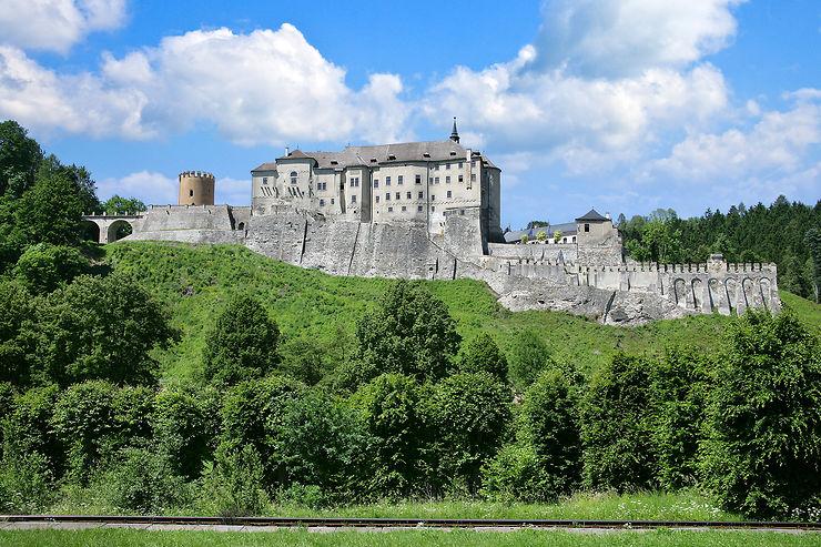 Un chapelet de beaux châteaux