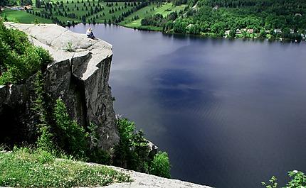 Lac Lyster du haut de la montagne
