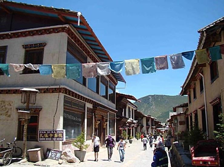 Shangri-La : la musique tibétaine monte au ciel