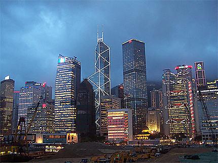 Une nuit à Hong Kong