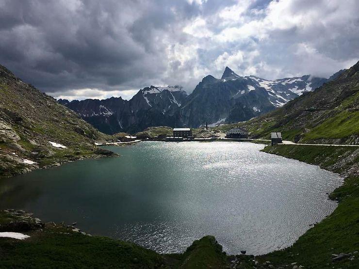 La frontière italienne au Col du Grand-Saint-Bernard, Italie