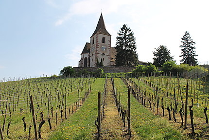 Église fortifiée Saint-Jacques-le-Majeur de Hunawi
