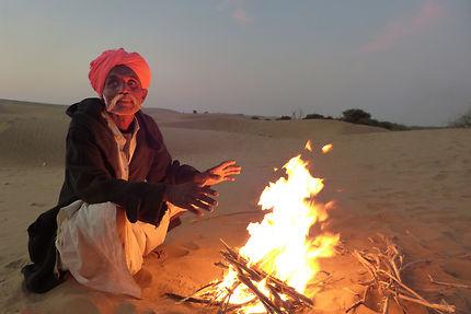 Dans le désert du Thar au petit matin