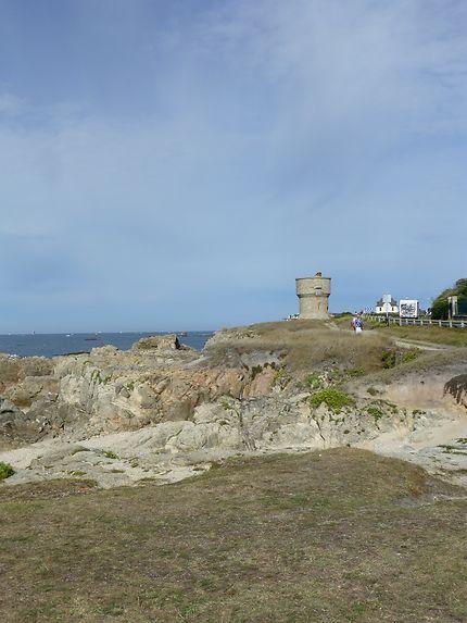 Chemin longeant la mer au Croisic