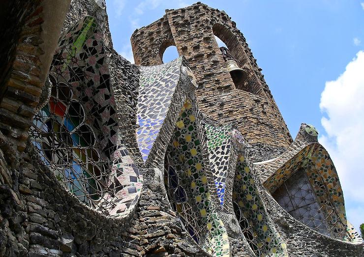 Colonia Güell, revoici Gaudí