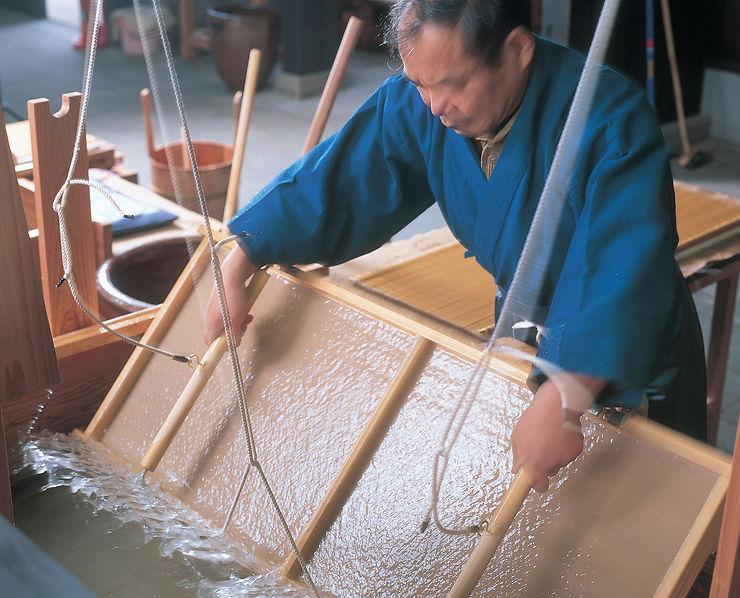 Jour 4 - L'art ancestral du papier washi à Echizen
