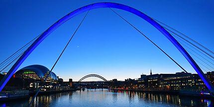 Arches sur la Tyne