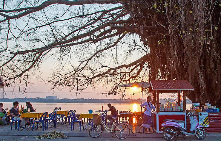 Laos du Sud, au pays du slow travel