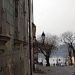Rue donnant sur le Danube à Vác