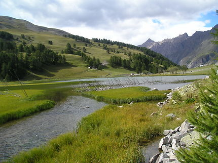 Le lac des Sagnes dans le Mercantour