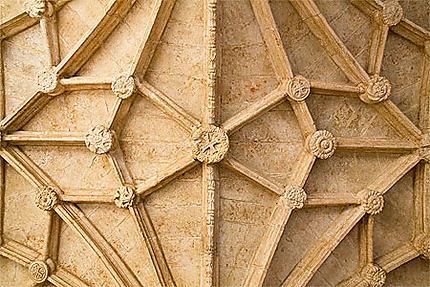 Lisbonne - Belém - Monastère - Plafond à décor géométrique