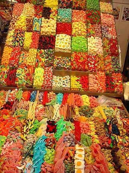 Bonbons bons sur le marché de Barcelone
