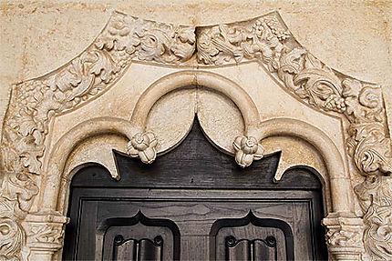 Lisbonne - Belém - Monastère - Bel encadrement de porte