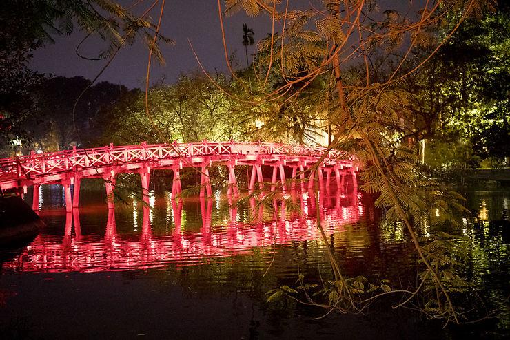 Pont Rouge à Hanoi, Vietnam