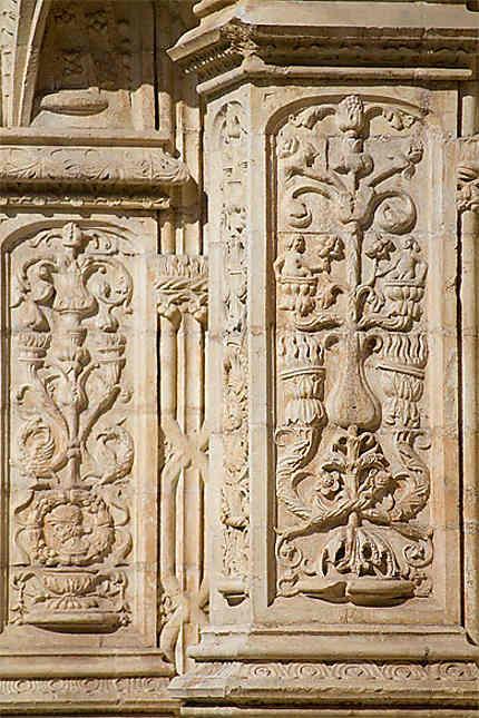 Lisbonne - Belém - Monastère - Détail décoration pilier