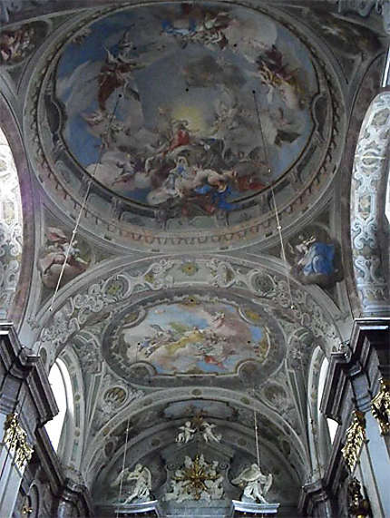 Kostol Alzbetinok : le plafond