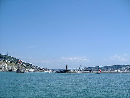Port de Fécamp depuis la mer