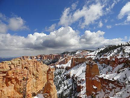 Bryce canyon sous la neige