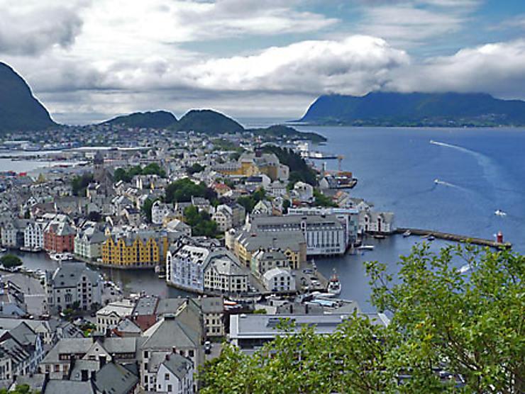 Ålesund, née de la mer