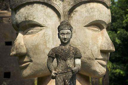 Statues du Buddha Park