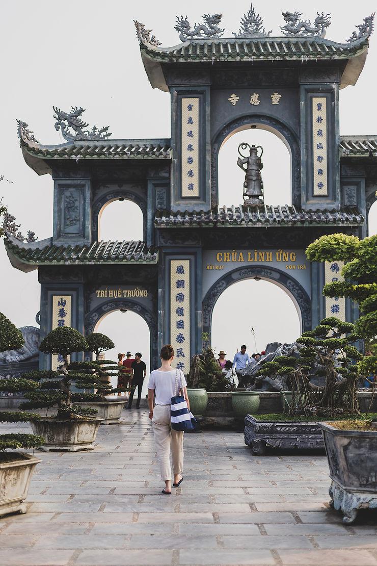 Prendre de la hauteur, à la pagode de Linh Ung