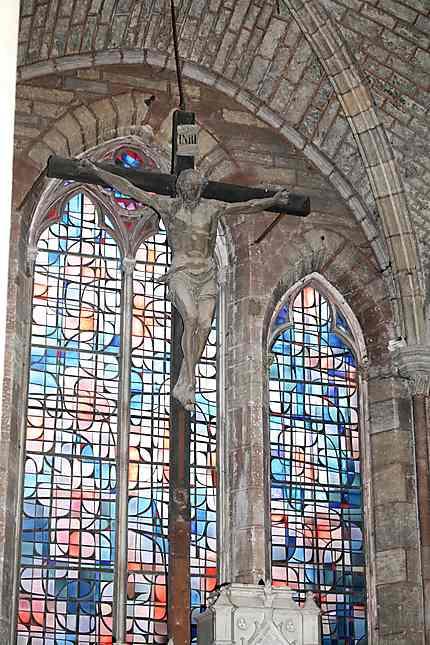 Christ en croix de François Gentil