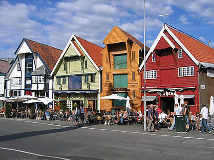 Maisons colorées du quai