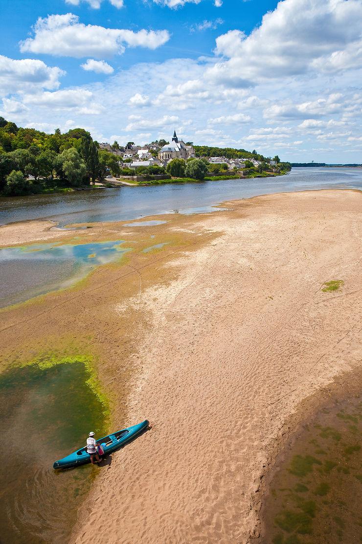 Au fil de l'eau : kayak et bateaux traditionnels de Loire