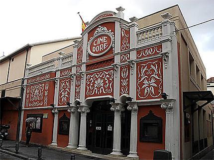 Cinéma Art Nouveau