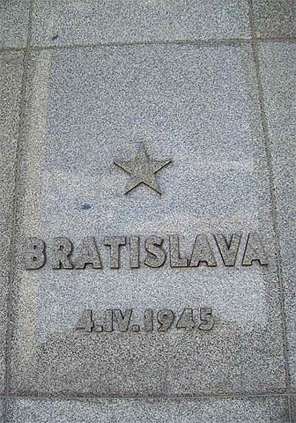 Slavin : Bratislava