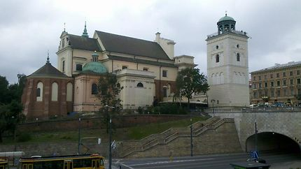 Eglise Sainte-Anne à Varsovie