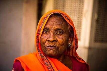 Jaipur lady