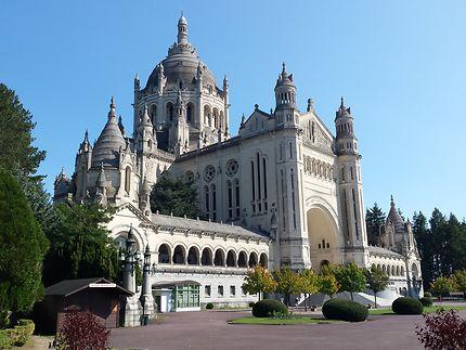 Basilique Sainte-Thèrese de Lisieux