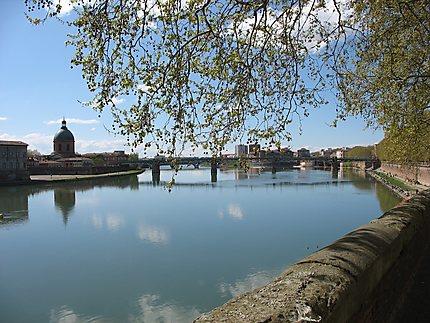 La Garonne, la tour Taillefer, pont Saint-Pierre